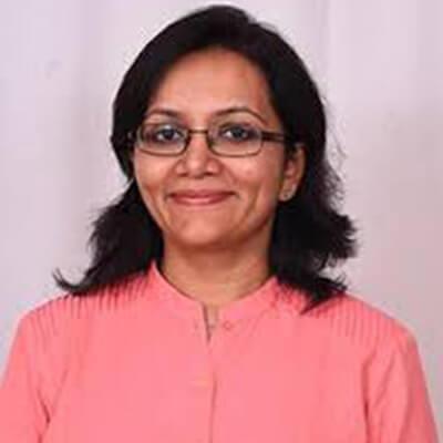 Dr Monica Pansari