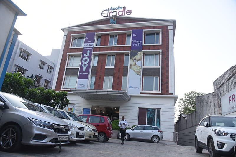 Apollo Cradle Centre in Motinagar, Delhi