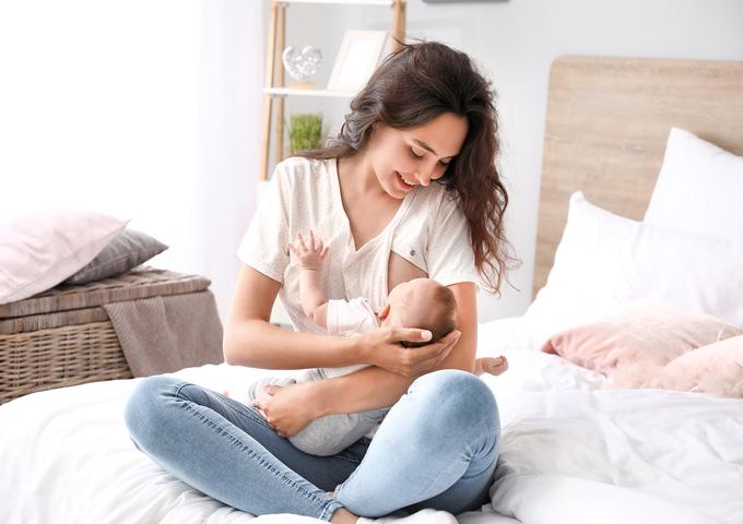 Breastfeeding is Better Than Formula Feeding